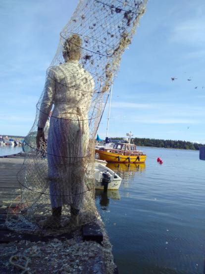 Trapped, Performance, Fishing net, Environmental Art, Trash Art